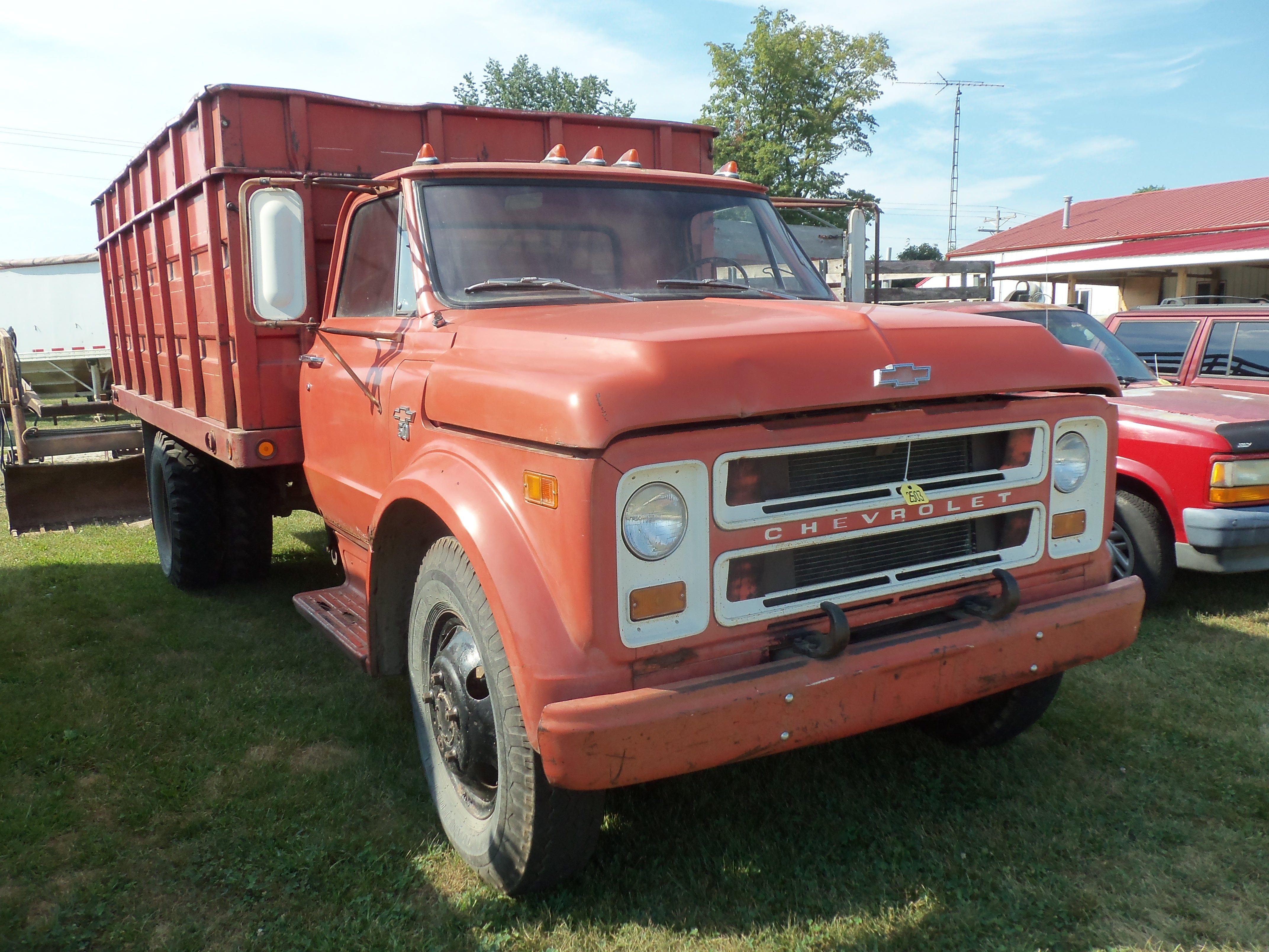 1968 Red Chevrolet 50 Grain Truck Country Trucks Chevy Trucks Chevrolet Trucks
