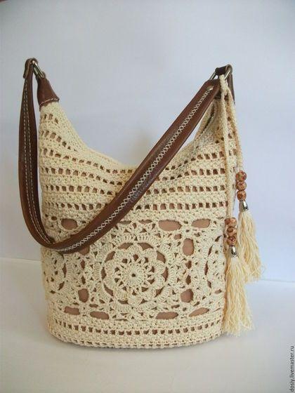 280662f3951b Купить или заказать вязаная сумка на плечо в интернет-магазине на Ярмарке  Мастеров. ПРОДАНО