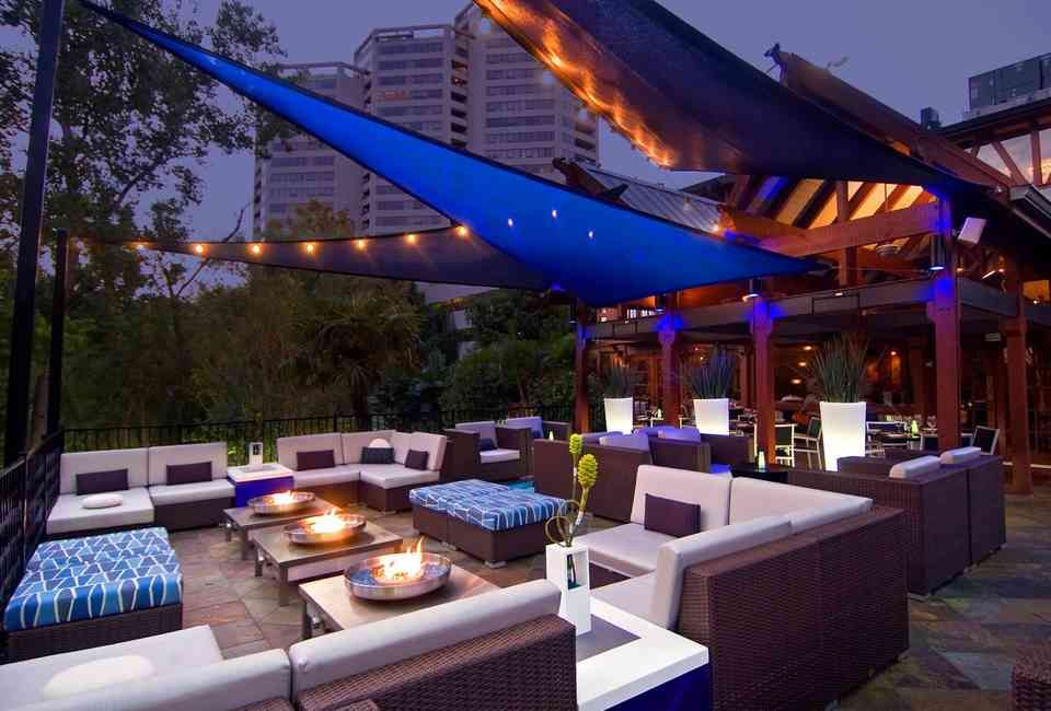 The Best Rooftop Bars in Houston | Houston bars, Patio ...