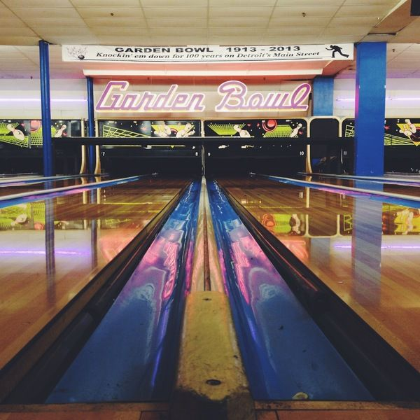 Bowl At The Working Man S Country Club Detroit Country Bowl