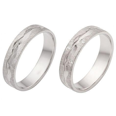 Ein Paar wunderschöner Ringe aus 925 Silber rhodiniert mit