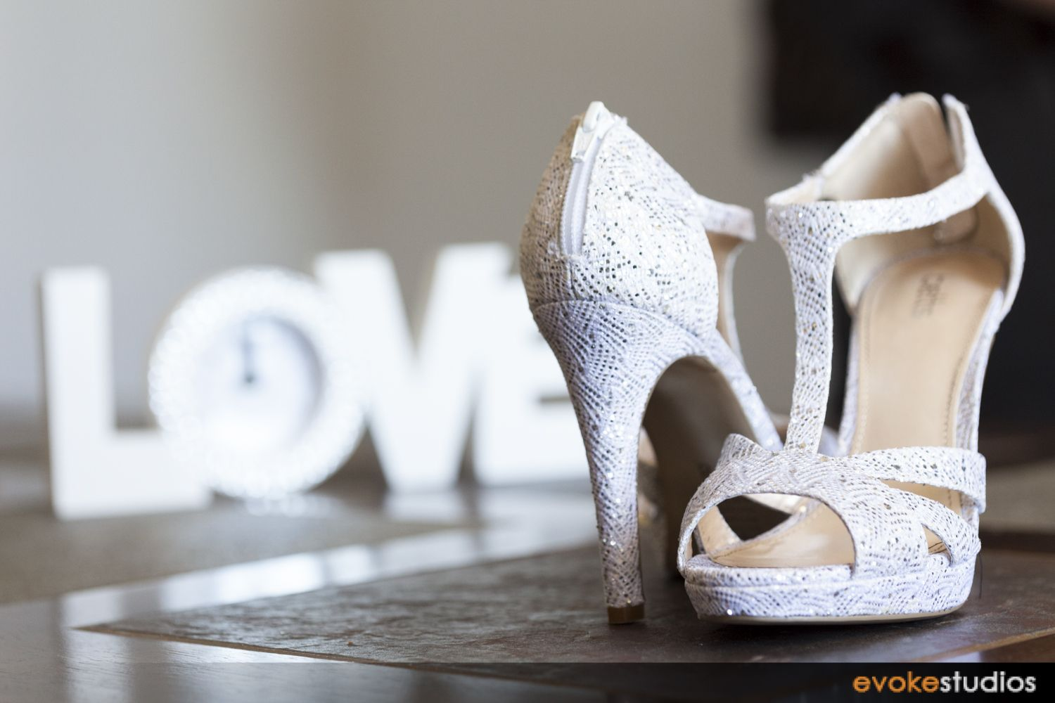 Love these wedding shoes Cinderella shoes, Shoe