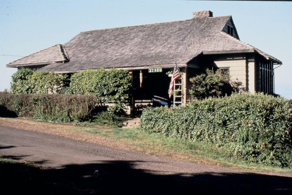 Doyle, Albert E., Cottage (Neahkahnie Beach, Oregon