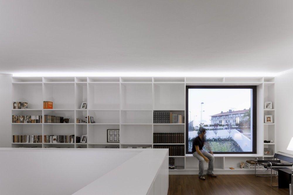 Gallery of quinta dos alcoutins ggllatelier 12 for Casa quinta minimalista