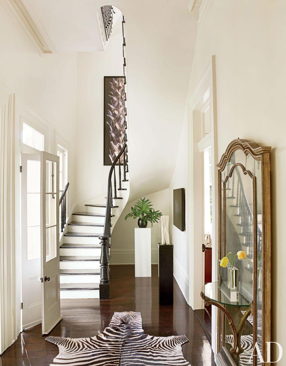 Modern hallway furniture ideas  Hallway Wall Decorating Ideas For Your Comfy Home  Home Hallways