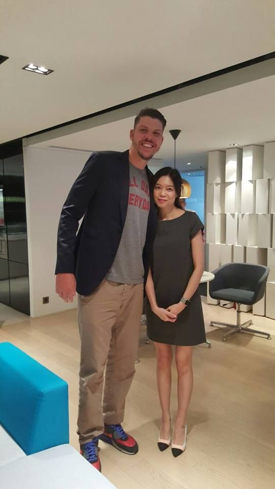 Mike Miller (NBA Player) at Sky Business Centre ‪#‎Lifeenergy‬ ‪#‎drinks‬ ‪#‎nba‬ ‪#‎mike‬ miller ‪#‎business‬ centre ‪#‎hong‬ kong
