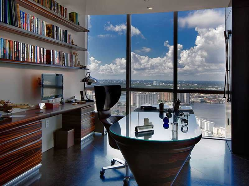 A Home Office Of The Trump Royal Penthouse 5501 Sunny Isles