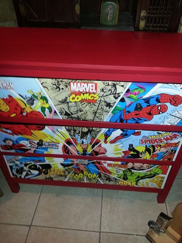 Reconditioned/Certified   Awesome Dresser. Marvel Comics. Featuring  Spiderman, Wolverine, Iron