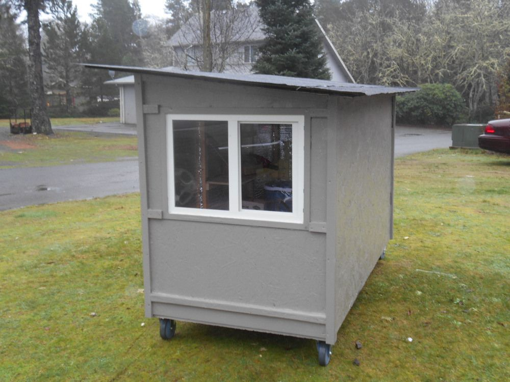 Huts For Hope Give Homeless New Digs On Wheels Homeless Shelter Homeless Shelter Ideas Small House