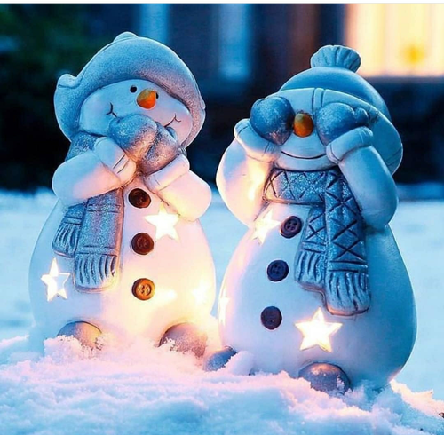 Image About Winter In Couples Love Couple Family Friend By Saly Cute Christmas Wallpaper Christmas Scenes Magical Christmas