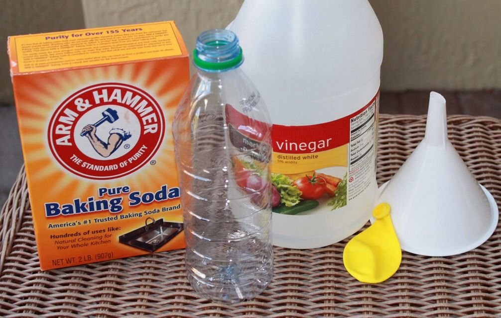 Make Your Own Helium Balloons Blowing Up Balloons Balloon Decorations Without Helium Baking Soda Vinegar