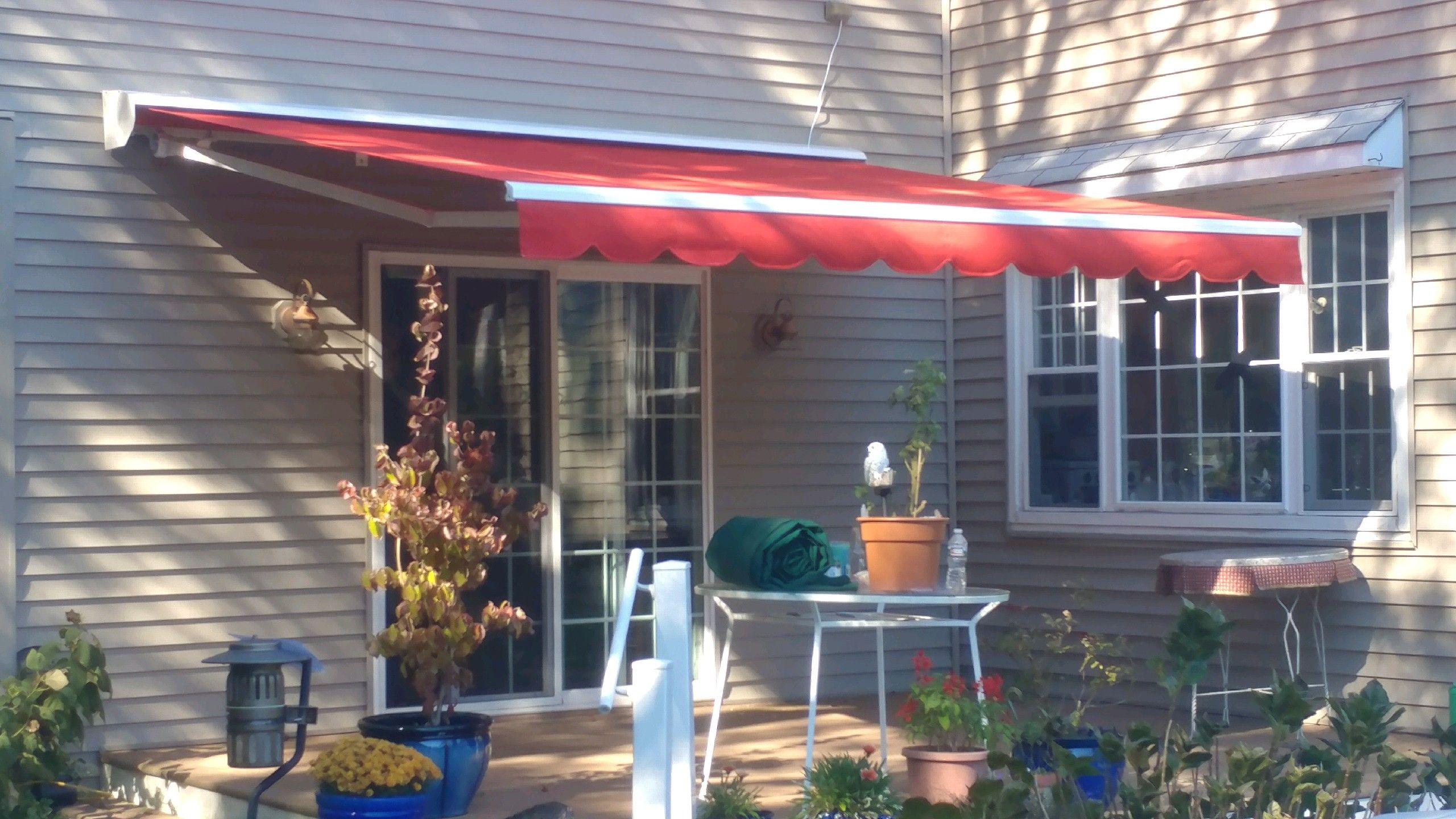 Retractable Awning In South Jersey Installation By Bill S Canvas Shop Retractable Awning Outdoor Decor Awning
