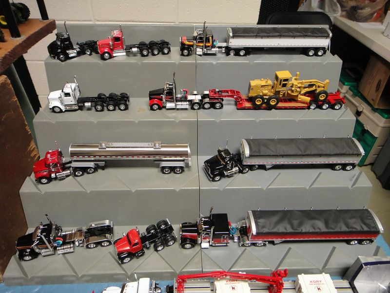 "2011 SFTS Dyersville, Iowa ""1:64th Scale Trucks & Tractors"" - GRIM-REAPER-IA"