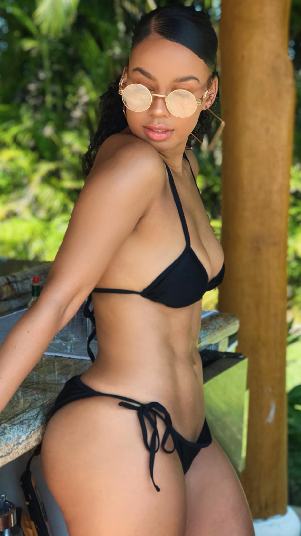 micro in Curvy bikini girls