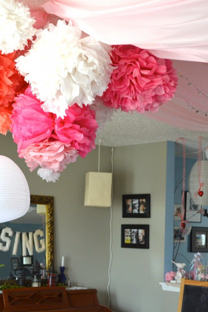 Party Ceiling Pouf Tutorial Decorate The Ceiling For That Party Graduation Party Diy Graduation Party Decor Graduation Diy