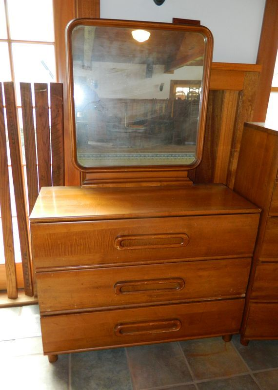 Heavy Maple Bedroom Set consisting of Bureau with Mirror, 5 drawer ...