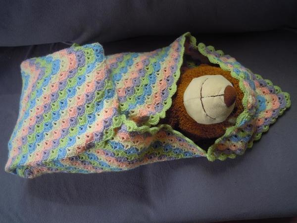 Babydecke Izzi Mit Kapuze In Muschelmuster Babysachen