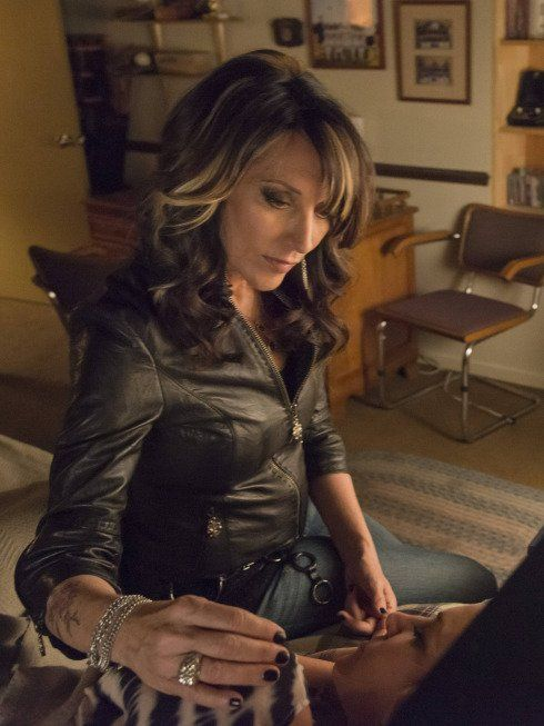 Still of Katey Sagal and Drea de Matteo in Sons of Anarchy (2008)