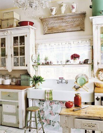 Would Love to have a Kitchen sink like this ..old school with the built in sideboards. Need something this big!