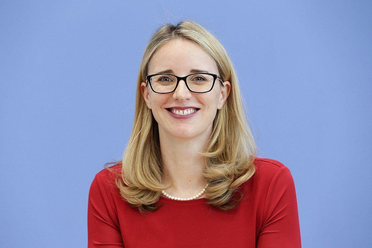 Alena Buyx Wikipedia In 2021 Universitat Munster Wissenschaftlicher Mitarbeiter Politische Philosophie