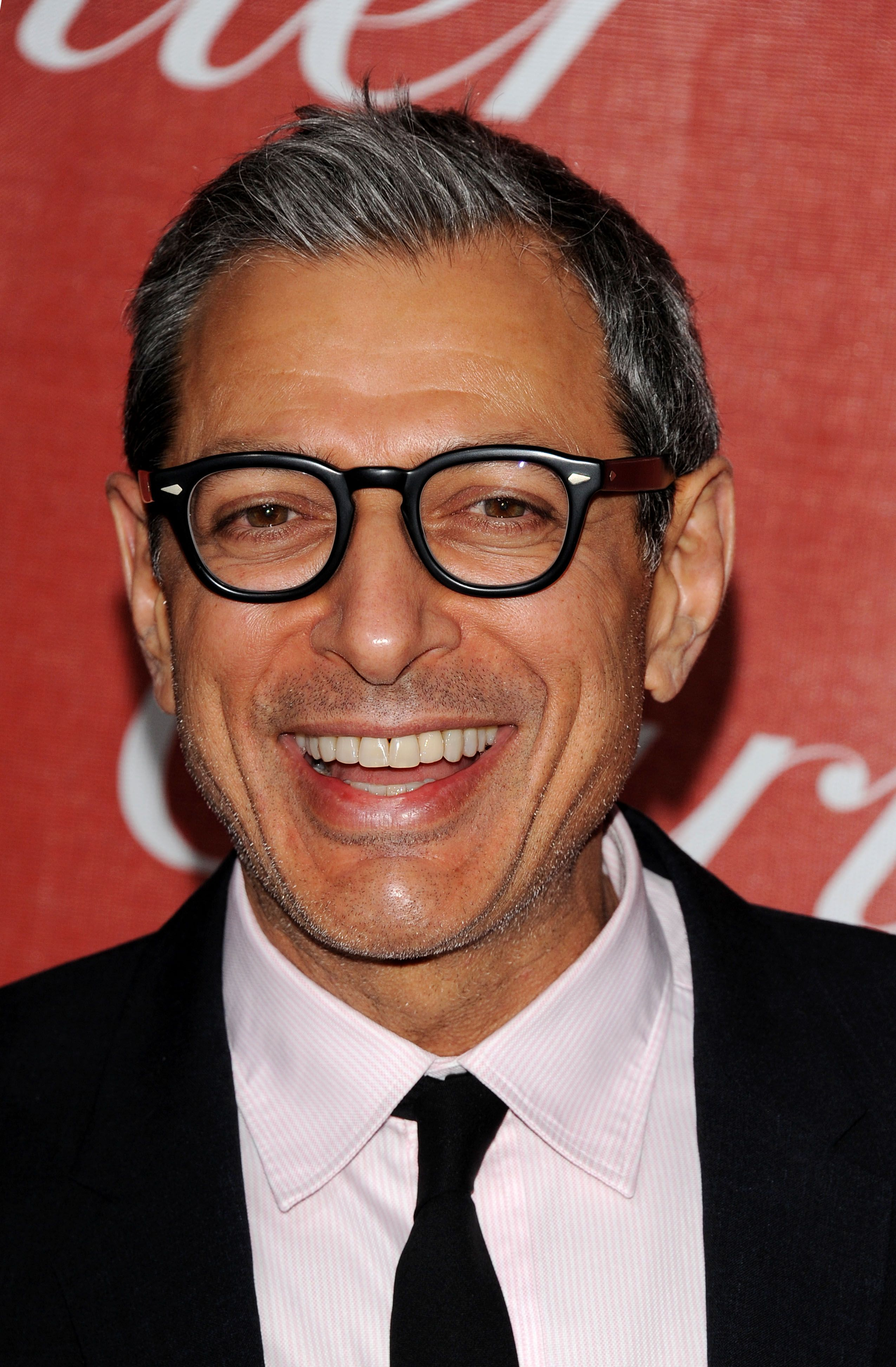Jeff Goldblum Born 10 22 52 Who The Hang That I Knew Does He Remind Me Of Hmm I May Be Getting An Idea Nice T Actors Favorite Celebrities Tv Actors