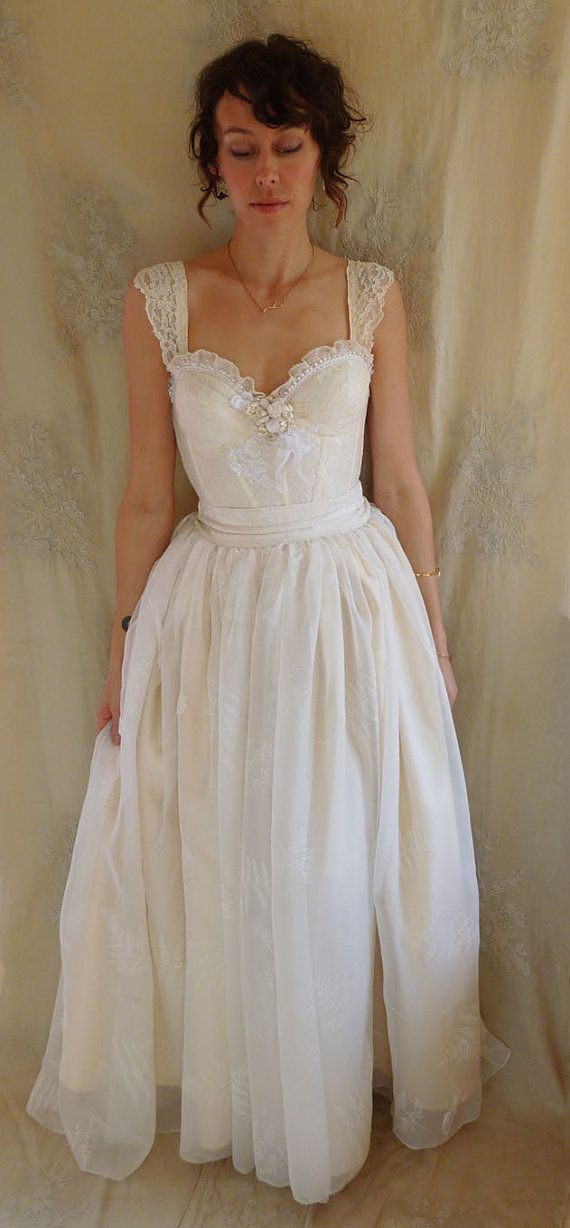 Fern Bustier Wedding Gown... whimsical dress by jadadreaming ...