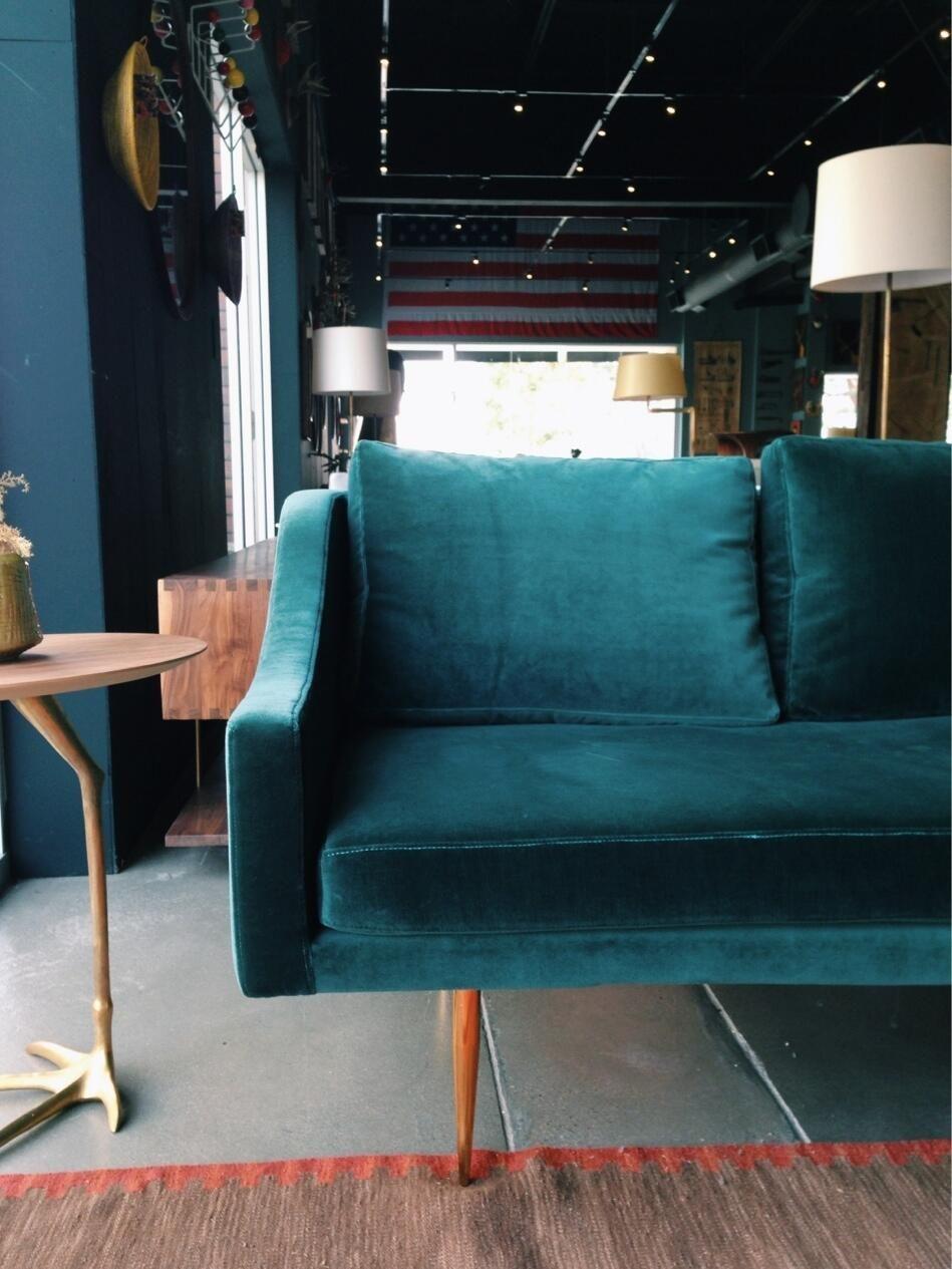 My Current Crush...a Teal Velvet Sofa #velvet #teal #sofa