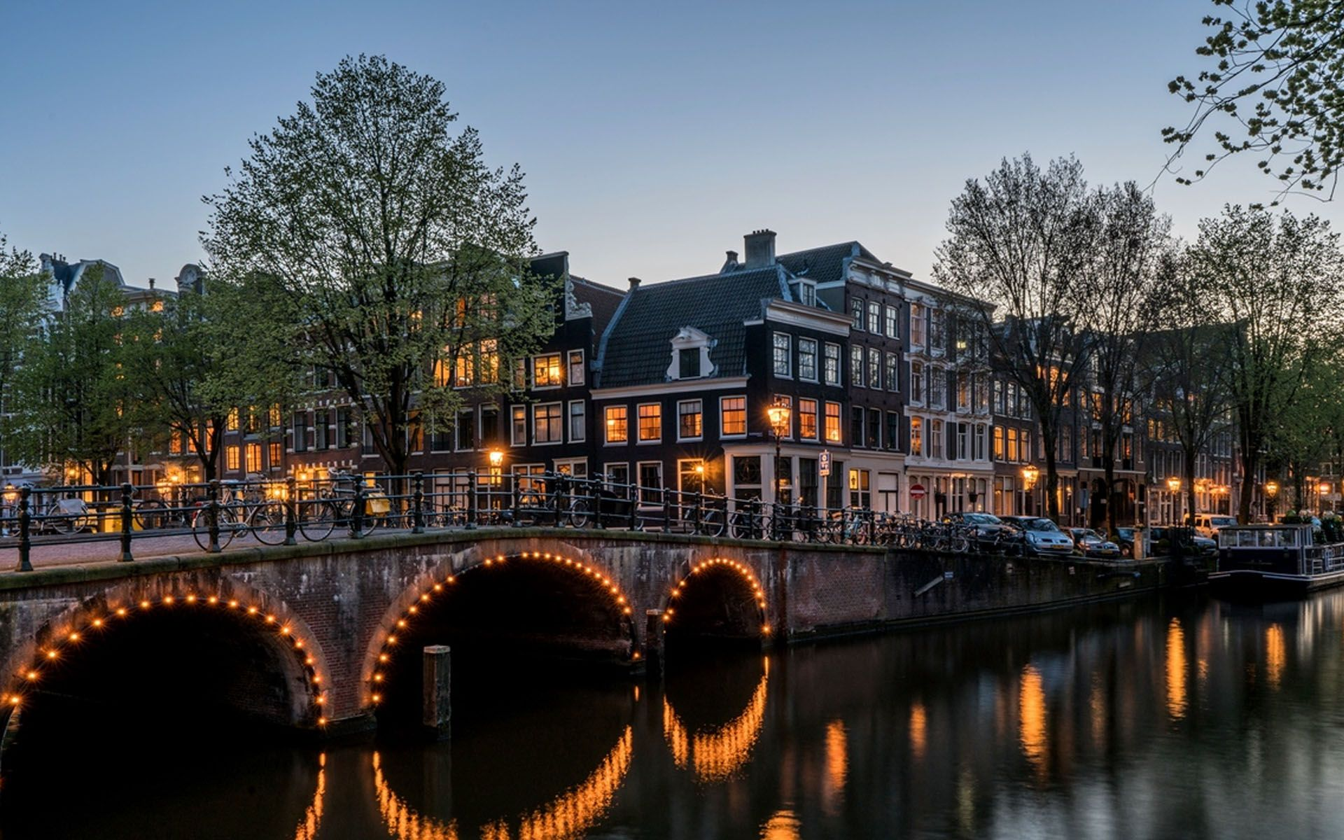 Canal Houses Amsterdam Hd Wallpaper With Images Canal House