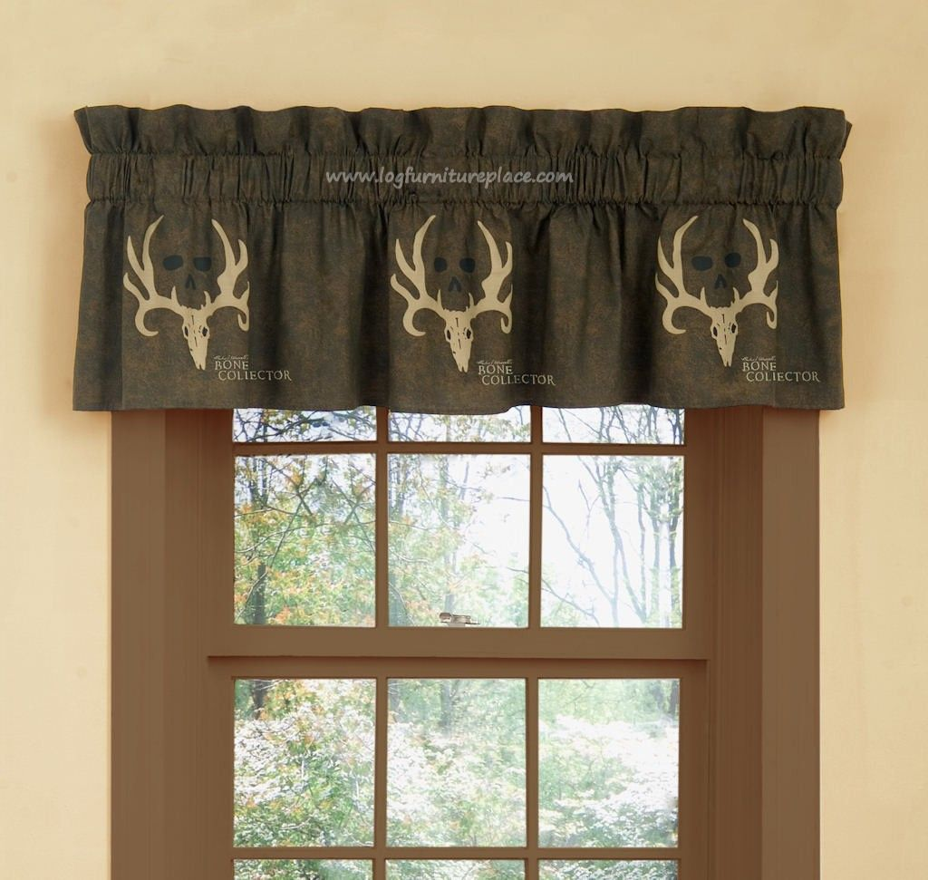 Bone Collector Valance Camouflage