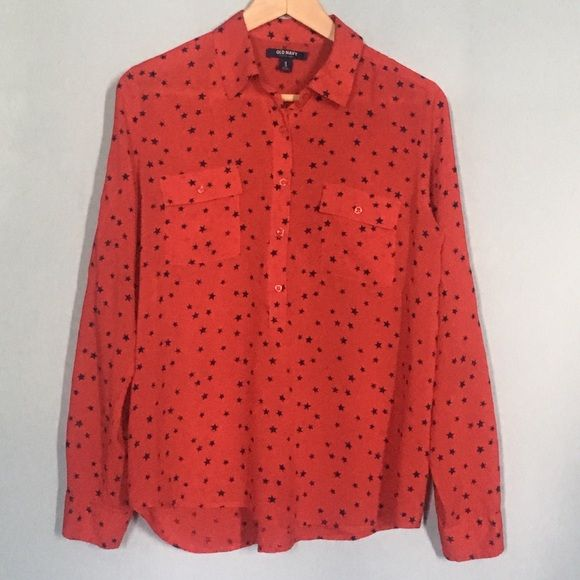 Old Navy Star Popover Light weight, loose, and flowy (it's rayon, not cotton). Can be worn with the sleeves cuffed (has button and strap to hold it). Stars are navy blue. Curved hem in the back. Bought on Posh but never wore it. Has a small snag (see photo) on the back; price reflects. Old Navy Tops Button Down Shirts