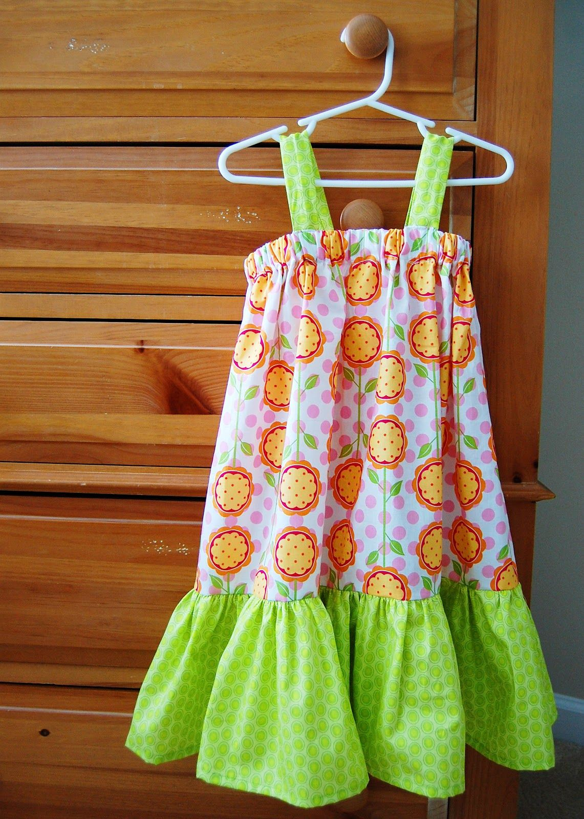 Southern Lovely: Simple Pillowcase Dress | A wardrobe for Betty ...