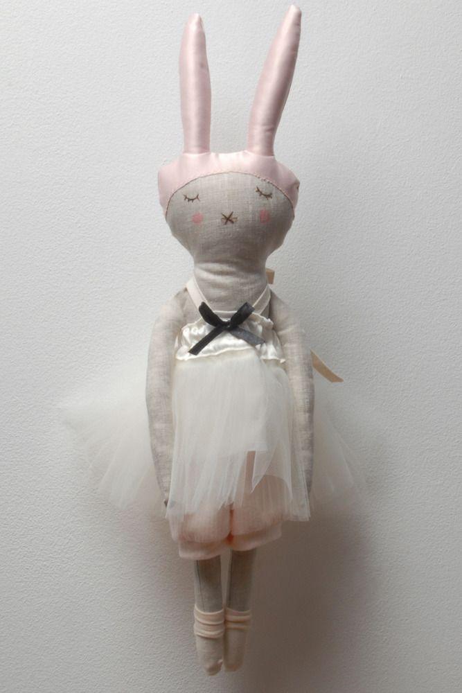 Lisa - I still love Lieschen Mueller's dolls . beautiful