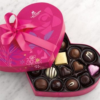 Grand Valentine Chocolate Heart 22pc Valentine S Day Valentines