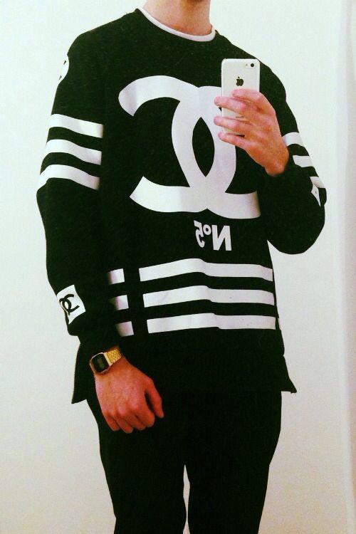 138a05db5216 Chanel CC logo jumper - Men s Fashion