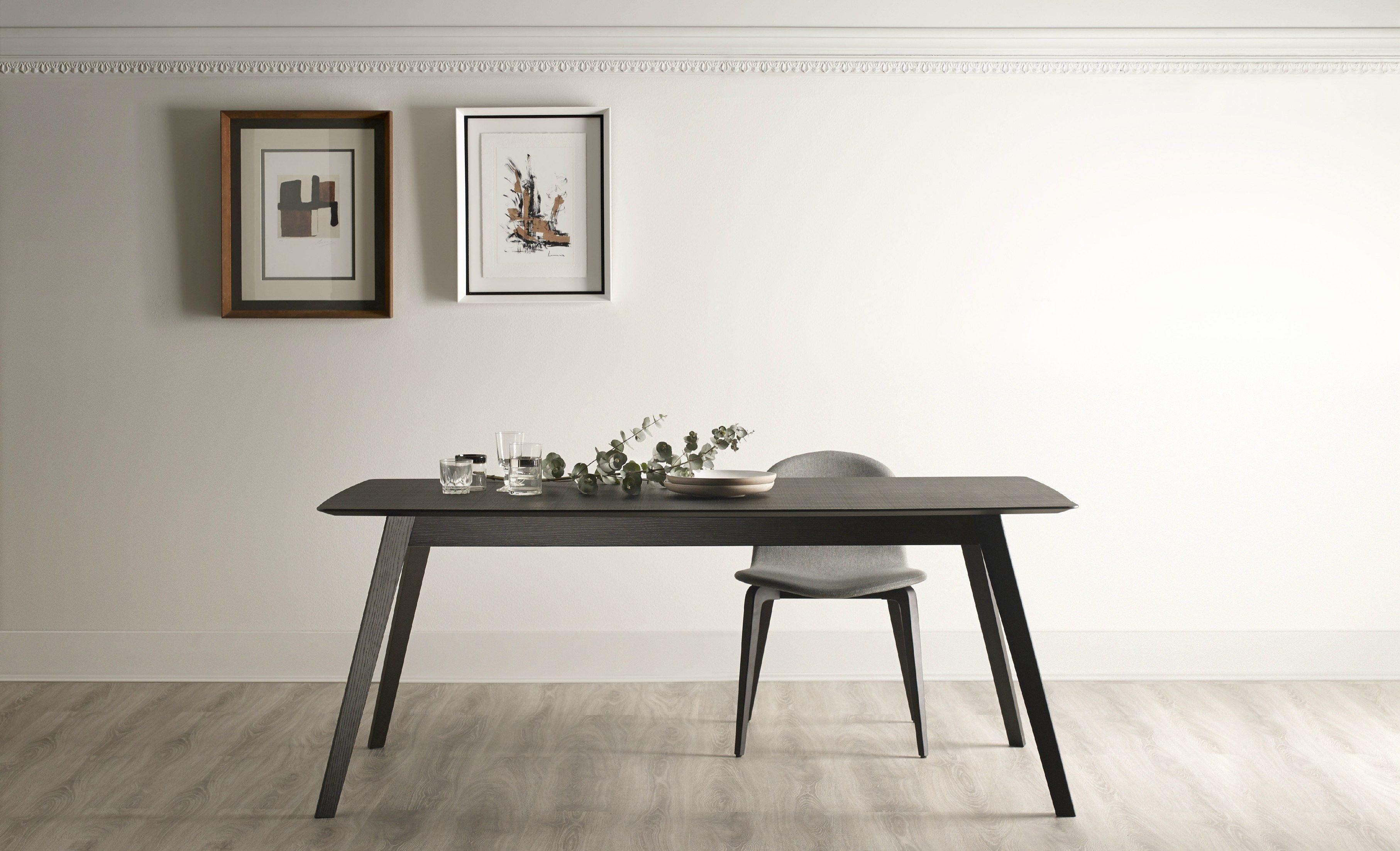 AISE Ausziehbarer Tisch By TREKU Design Ibon Arrizabalaga