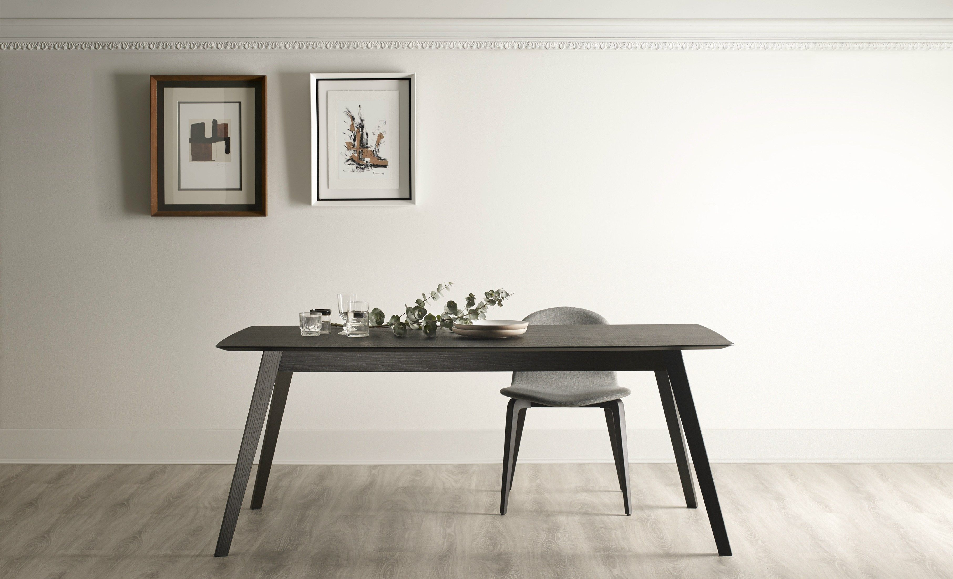 Tisch design  AISE Ausziehbarer Tisch by TREKU Design Ibon Arrizabalaga ...