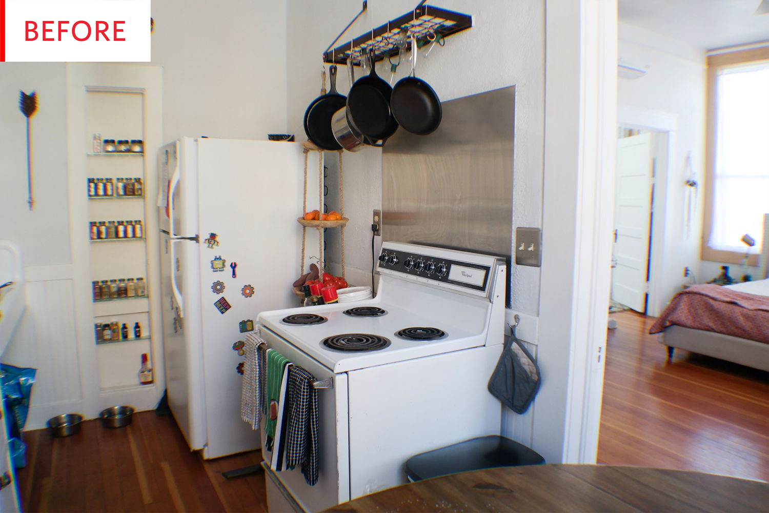 Before & After: A Mini Yet Mighty Rental Kitchen Makeover | Decoración