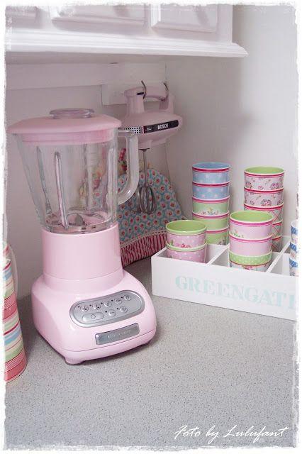 Love Pink Kitchen Gadgets
