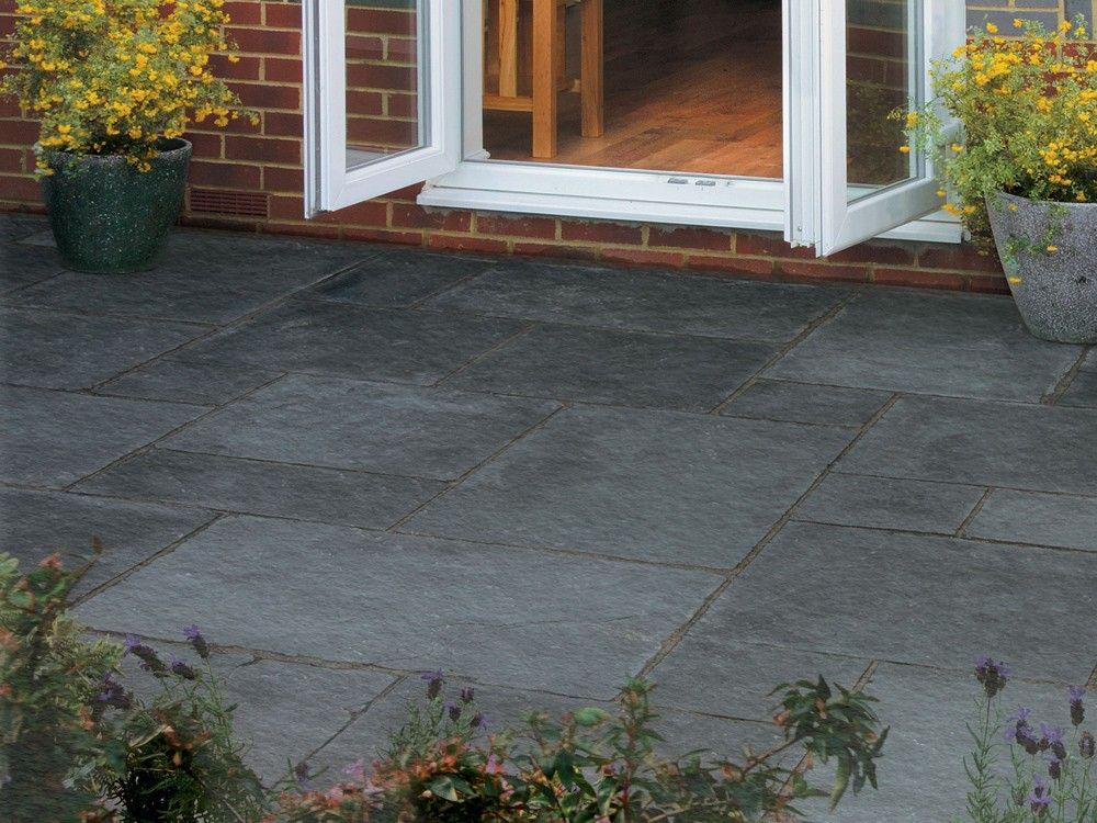 bradstone black paving slabs natural limestone paving at. Black Bedroom Furniture Sets. Home Design Ideas