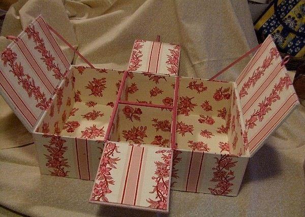 Pas à pas chez Cartonnage et Compagnie | Diy cardboard, Cardboard paper  craft, Craft box
