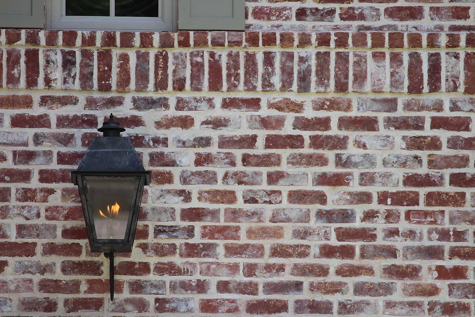 San Luis No Orange Q White Mortar Flush Cut Technique View G