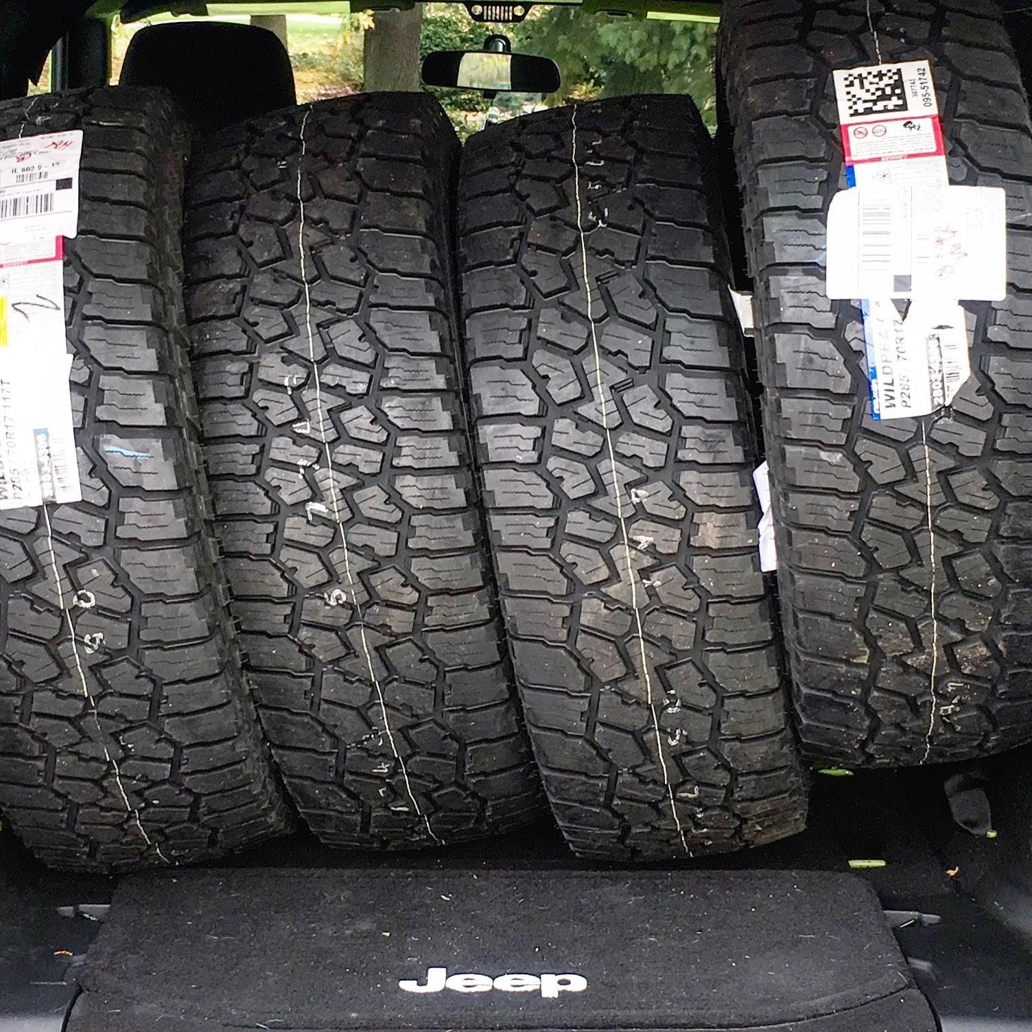 New tire day! 285/70r17 Falken Wildpeak AT3W jeep