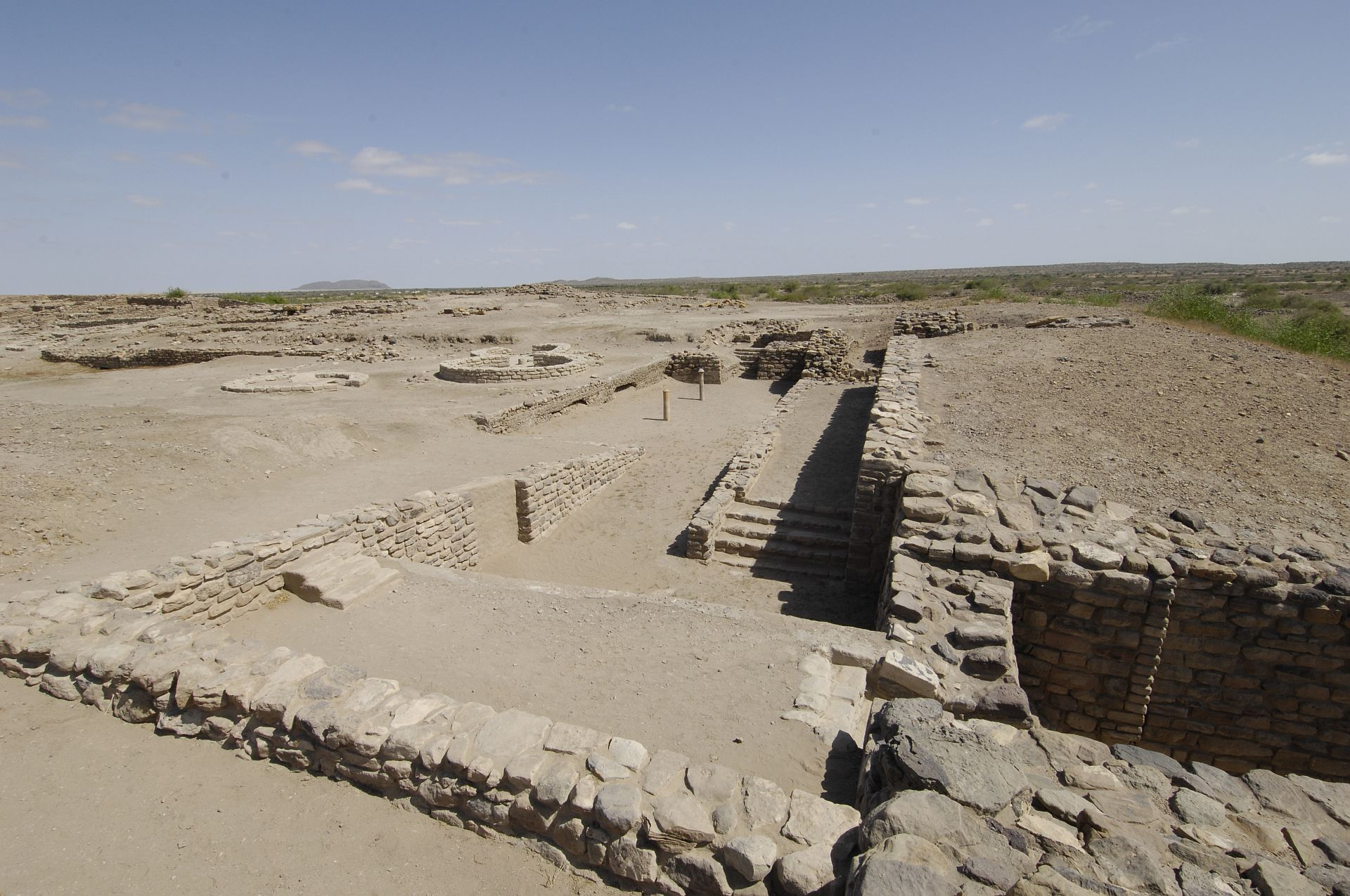 an analysis of harappa culture of the indus valley Nevertheless, the indus valley civilization was one of the most advanced settlements of its day situated along the banks of the indus river moving inland from a few of the most well-known indus cities include mohenjo-daro and harappa all cities were designed according to a master plan, and.