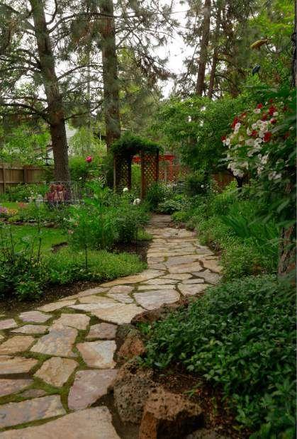 Garden Thrives Deer Free Garden Landscape Design Backyard
