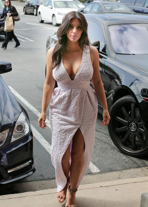 15 Times Kim Kardashian Looked Bomb As F$ck!