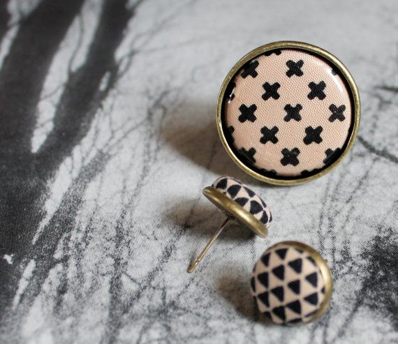 NEW Triangle and Cross Fabric Button Ring and by ButtonBizarro, $11.50