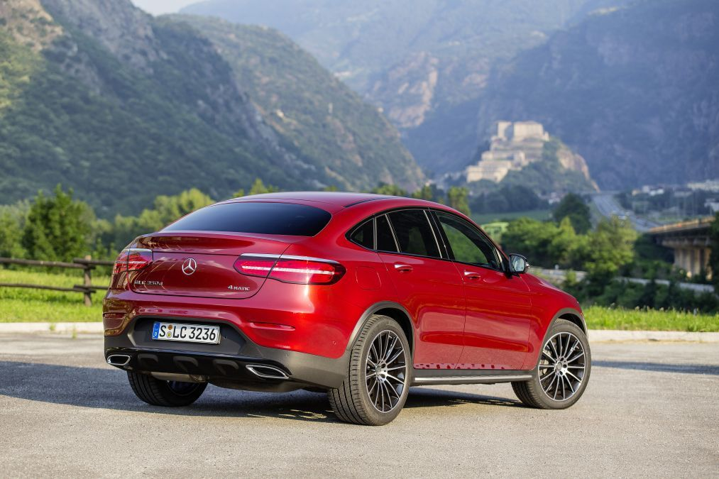 De Mercedes Glc Klasse Coupe In Volle Glorie In Italie 350d