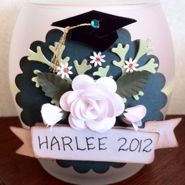 Candle decoration for graduation party quilling