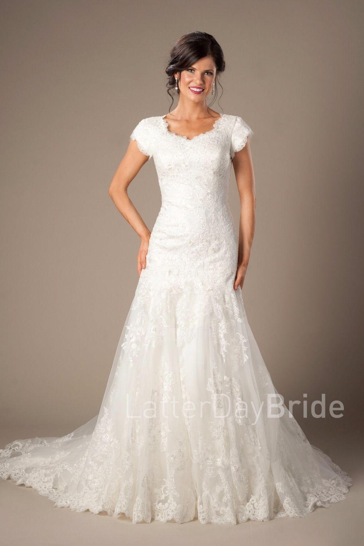 Vintage ivory lace appliques mermaid modest wedding dresses with cap