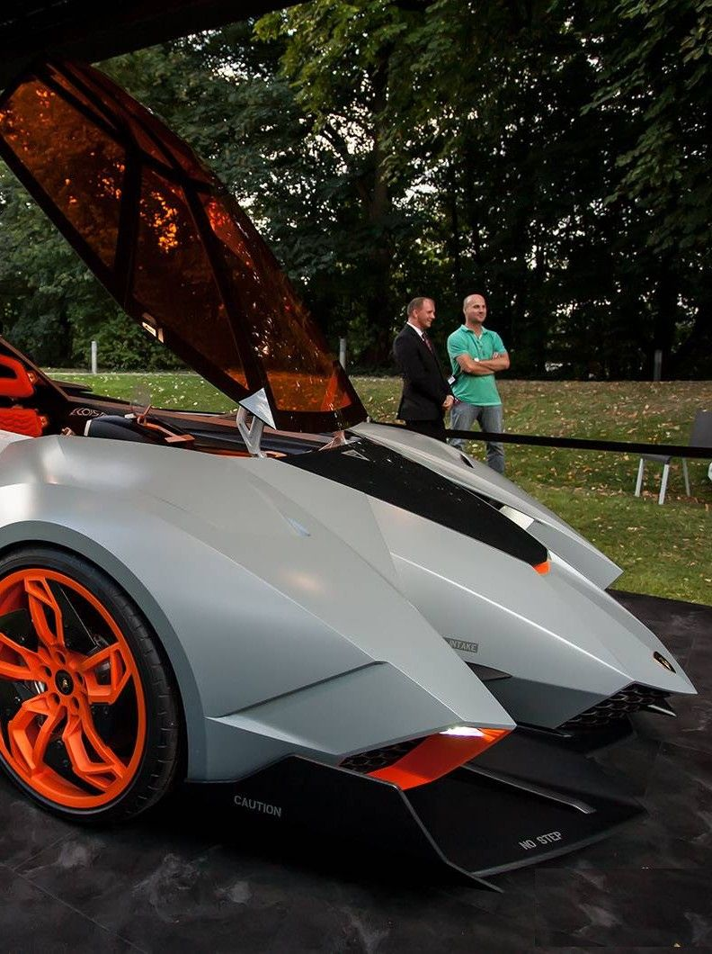 Lamborghini Egoista I Love Cars With The Drivers Seat In The Middle